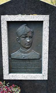 Kaare Bryn Askelund (1919 - 1944)