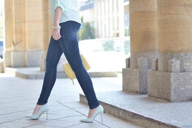 Eugli Outfit OOTD Fashionblogger Look LOTD Türkis Rebecca Minkoff Frühlingsoutfit