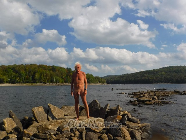naturist 0000 Ledges at Harriman Reservoir, Vermont, USA