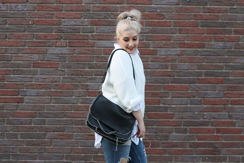 outfit zara ripped jeans wei er pullover nike blazer. Black Bedroom Furniture Sets. Home Design Ideas