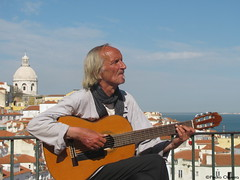 Viva la Guitarra, Fredo!