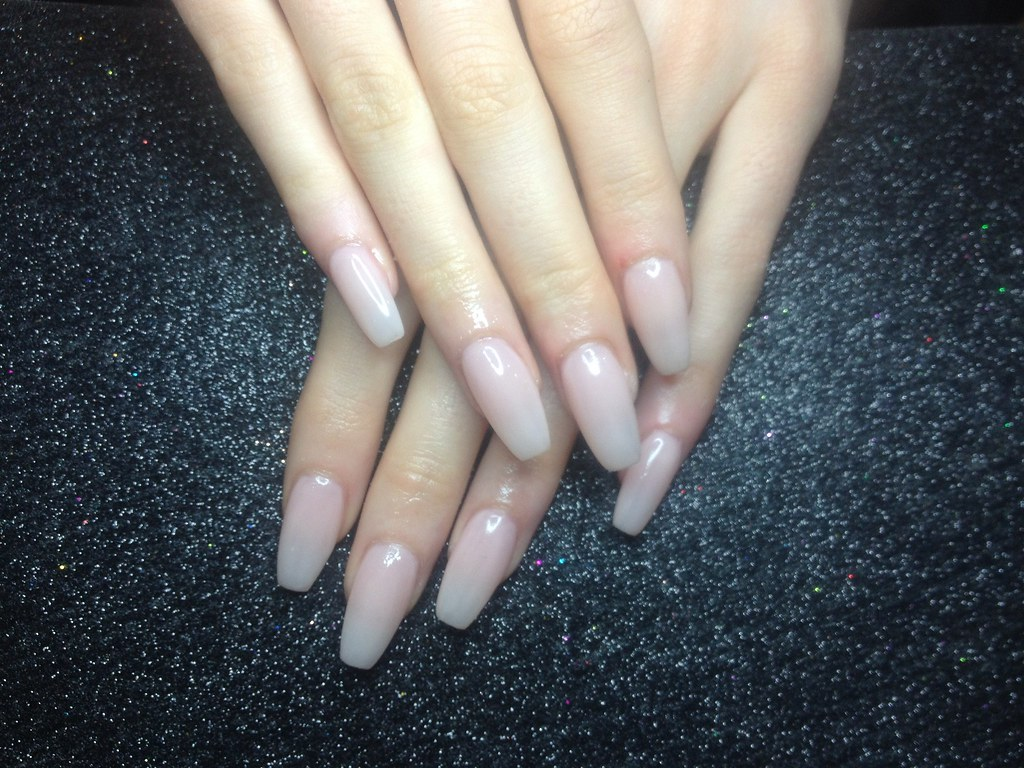 Acrylic Nails With Paul Pink Gel Polish Nic Senior Flickr
