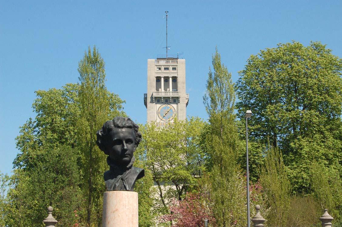 Willhalm Veronika, Ein Denkmal für König Ludwig II., Stadtportal München 2009