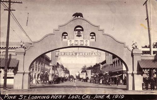 1919 Pine St., Lodi Postcard