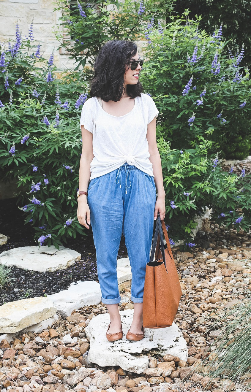 austin texas, austin fashion blog, austin fashion blogger, austin fashion, austin fashion blog, chambray joggers, cotton on outfit, clothes for petites