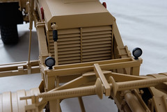 53_Husky_MRAP_military_scale_model