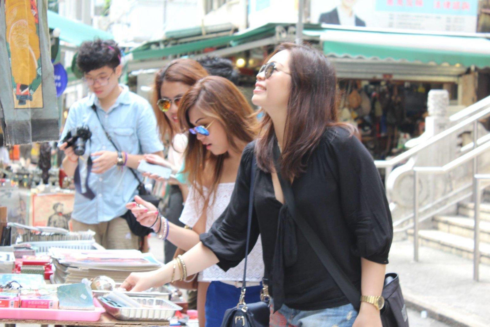Cat Street, Hong Kong - PearlMargaret.com