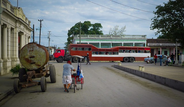Cuba. Bus Window Shot (16), Panasonic DMC-GM5, OLYMPUS M.25mm F1.8
