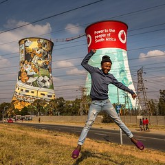 It was an amazing day spending time with Ilan from @toursoweto showing me his relationship with the people of Soweto, South Africa @toursoweto #soweto #kliptownsoweto #kliptownyouth #sowetotour #sowetovibes #africa #tia #feelingveryfortunate #southafrica