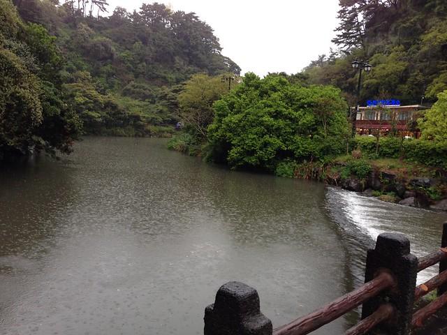 River crossing at Cheonjiyeon Waterfall