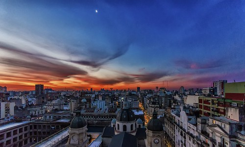 sunset moon argentina clouds buildings atardecer lights luces edificios buenosaires ciudad luna nubes citi