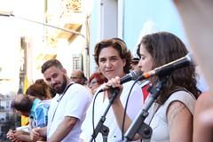 dg., 14/08/2016 - 19:11 - Ada Colau visita els carrers guarnits i assisteix al pregó de la Festa Major de Gràcia