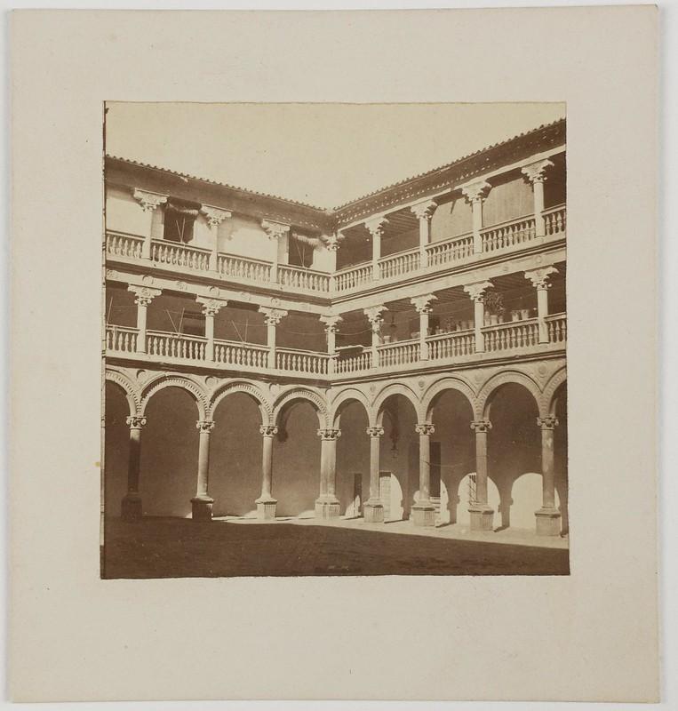 Patio de San Pedro Mártir hacia 1860 por Louis Léon Masson.  Museo del Prado