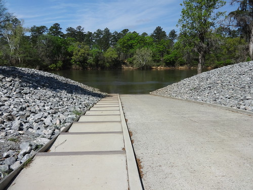 Steps down boat ramp, Flint River Park