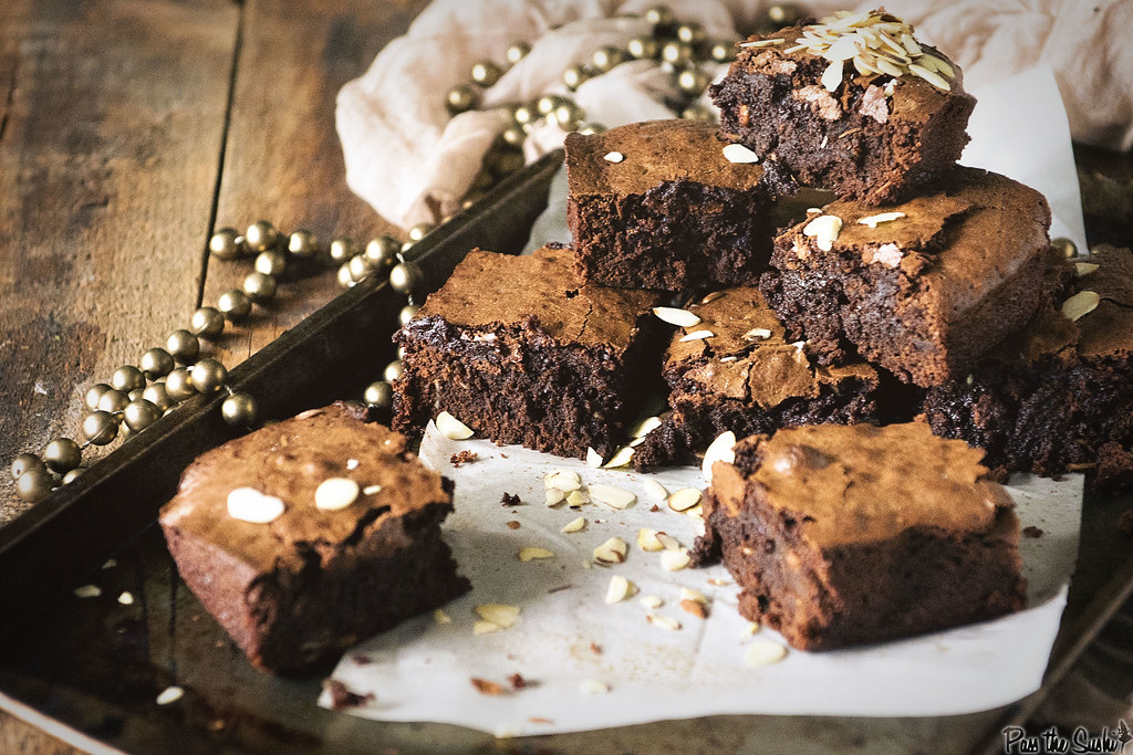 Fudgy Amaretto Brownies | PasstheSushi.com