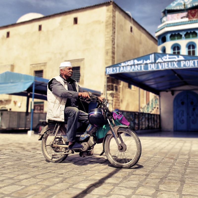 moped in Bizerte