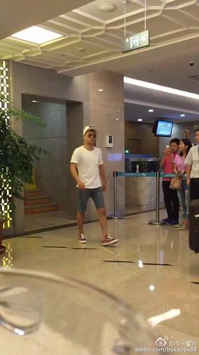BIGBANG ARRIVAL 2015-08-07 Shenzhen by bukaopu88 (11)