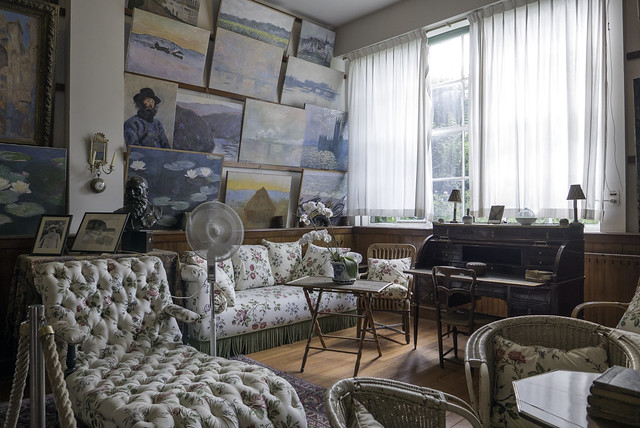 P1090732 -  Salon Atelier Claude Monet à Giverny Haute-Normandie France