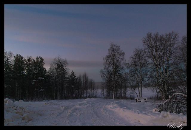 Laponia iglú cristal mina amatistas sauna finlandesa - Bosque nevado y lago Lehtojärvi