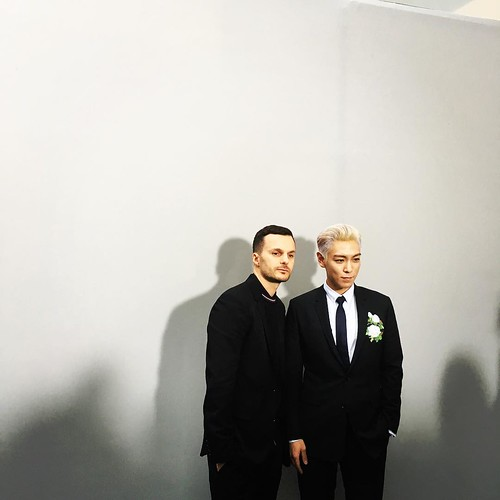 TOP - Dior Homme Fashion Show - 23jan2016 - gomsofa - 01