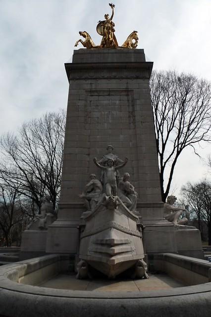 Columbus circle: in ricordo della USS Maine