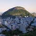 Botafogo com Copacabana atrás do Morro dos Cabritos e Lagoa à direita com o Morro Dois Irmãos. by Leonardo Martins