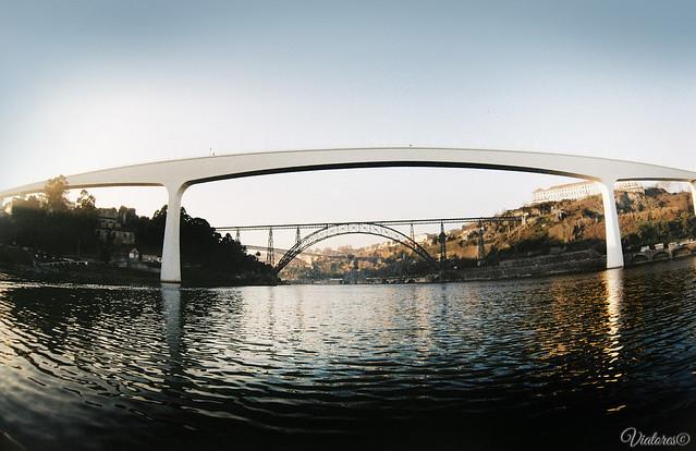 Мосты Порту на реке Дору. Порту. Rio Douro. Porto. Portugal