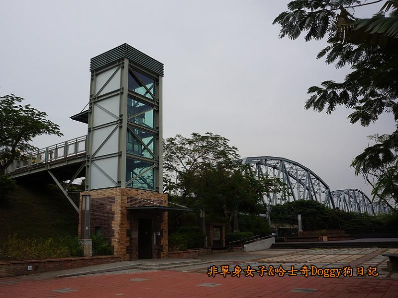 高雄九曲堂大樹舊鐵橋天空步道鳳梨罐詰工場15