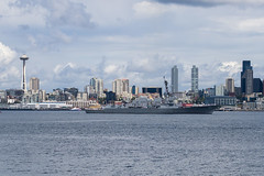 USS Gridley (DDG 101) circles the Port of Seattle during Seafair Fleet Week's parade of ships. (U.S. Navy/MC2 Jacob G. Sisco)