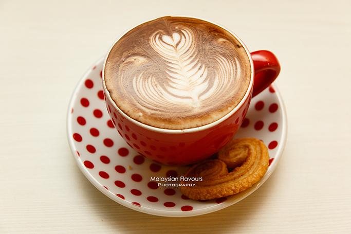 encore-patisserie-cafe-taman-desa-kl