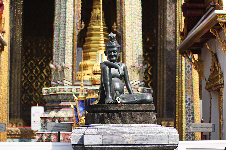 Temple-of-the-Emerald-Buddha_02