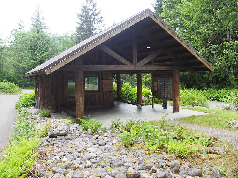Colonial Creek Campground: It was actually closed, but campers are allowed to stay with the restrooms locked.  The outhouses and outdoor taps were running.