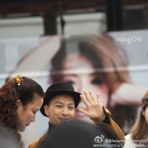 YB-HongKong-SOGO-Fansigning-20141215-a-09