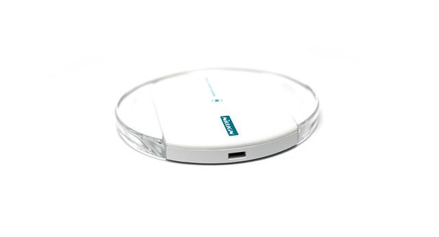 [開箱] 漂亮的無線充電 + 荒唐的購物經驗 – NILLKIN Magic Disk II 魔碟 2 無線充電器 @3C 達人廖阿輝