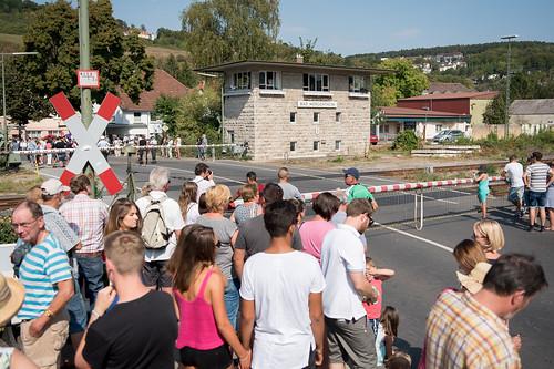 2016_09_11_Umzugspause_Bahnuebergang_Landesfestumzug_Bad_Mergentheim-2