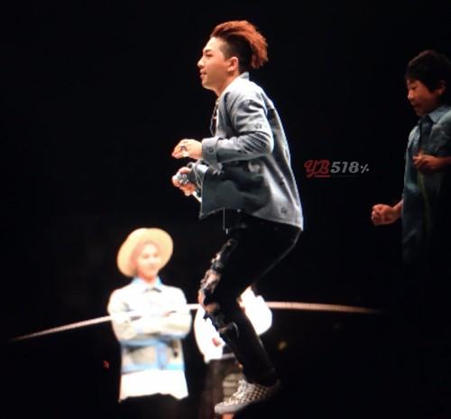 Big Bang - FANTASTIC BABYS 2016 - Nagoya - 30apr2016 - YB 518 - 04