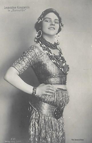 Leopoldine Konstantin in Sumurûn (1910)