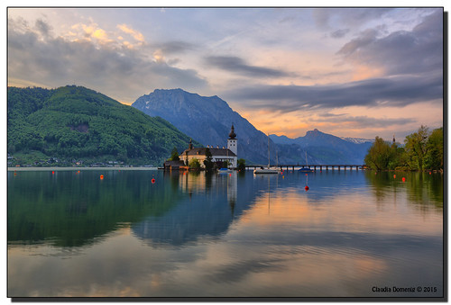 morning lake mountains castle clouds sunrise reflections boats austria österreich oberösterreich hdr traunstein sailingboats upperaustria gmunden traunsee schlossort 7exp canonef1635mmf28lii dphdr seeschlossort canoneos5dmarkiii 5d3 5diii adobephotoshopcs6 adobelightroom5