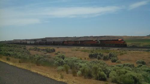 trains bnsf