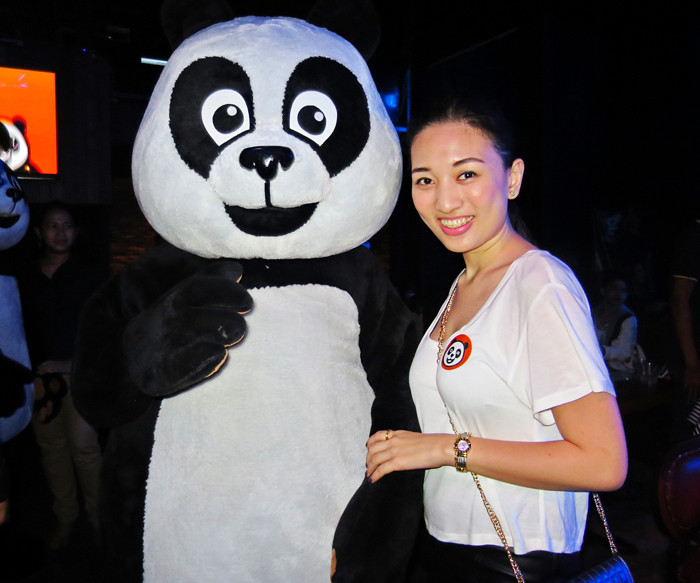 The Hungry Kat — Foodpanda Turns 1 with a Selfie Contest
