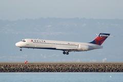 Delta MD95 Boeing 717  N969AT SFO DSC_1642