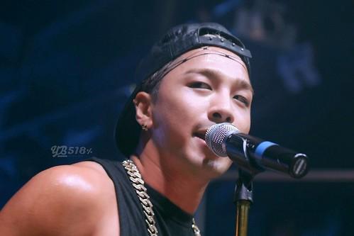 Taeyang-GangnamNBClub-Seoul-20140906-HQ(9)