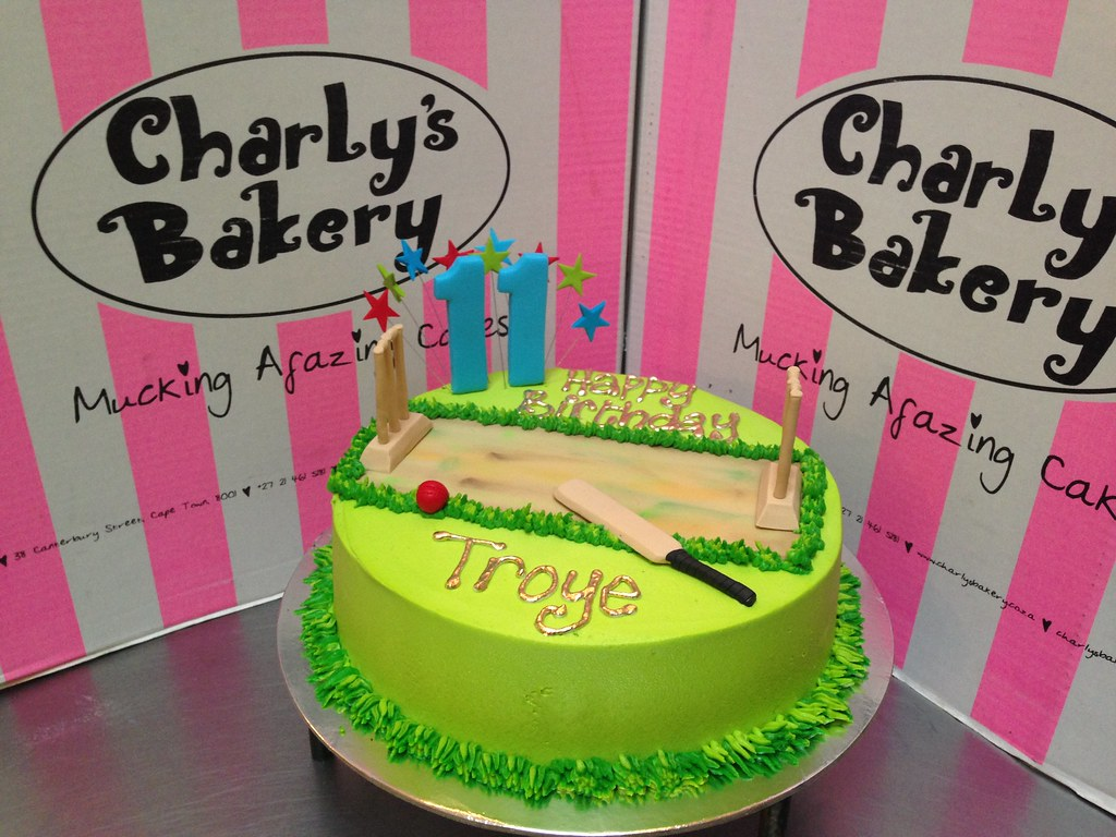 3D Cricket Themed Single Tier 11th Birthday Cake With Fondant Pitch Wickets