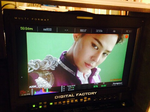 G-Dragon - Tower of Saviors - 2014 - BTS - 11
