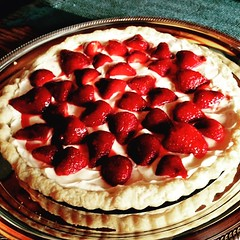 pie, strawberry pie, berry, baking, blackberry pie, strawberry, baked goods, frutti di bosco, produce, tart, fruit, food, dish, cheesecake, cuisine,