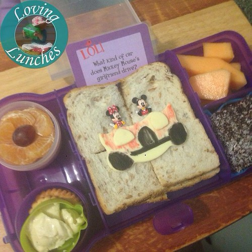 Loving Miss M asking for more food in her lunchbox… think this @nudefoodmovers #rubbishfreelunchbox ought to do the trick! Mandarin flower, biscuits & dip, yoghurt pouch, sandwich, rockmelon, lamington! And a @lunchbox_love note too. Love the little #Minn