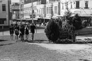 School Pupils crossing lower Octagon, 1975