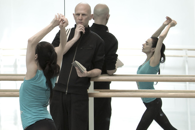 Alessandra Ferri and Wayne McGregor in rehearsal for Woolf Works, The Royal Ballet © 2015 ROH. Photograph by Andrej Uspenski