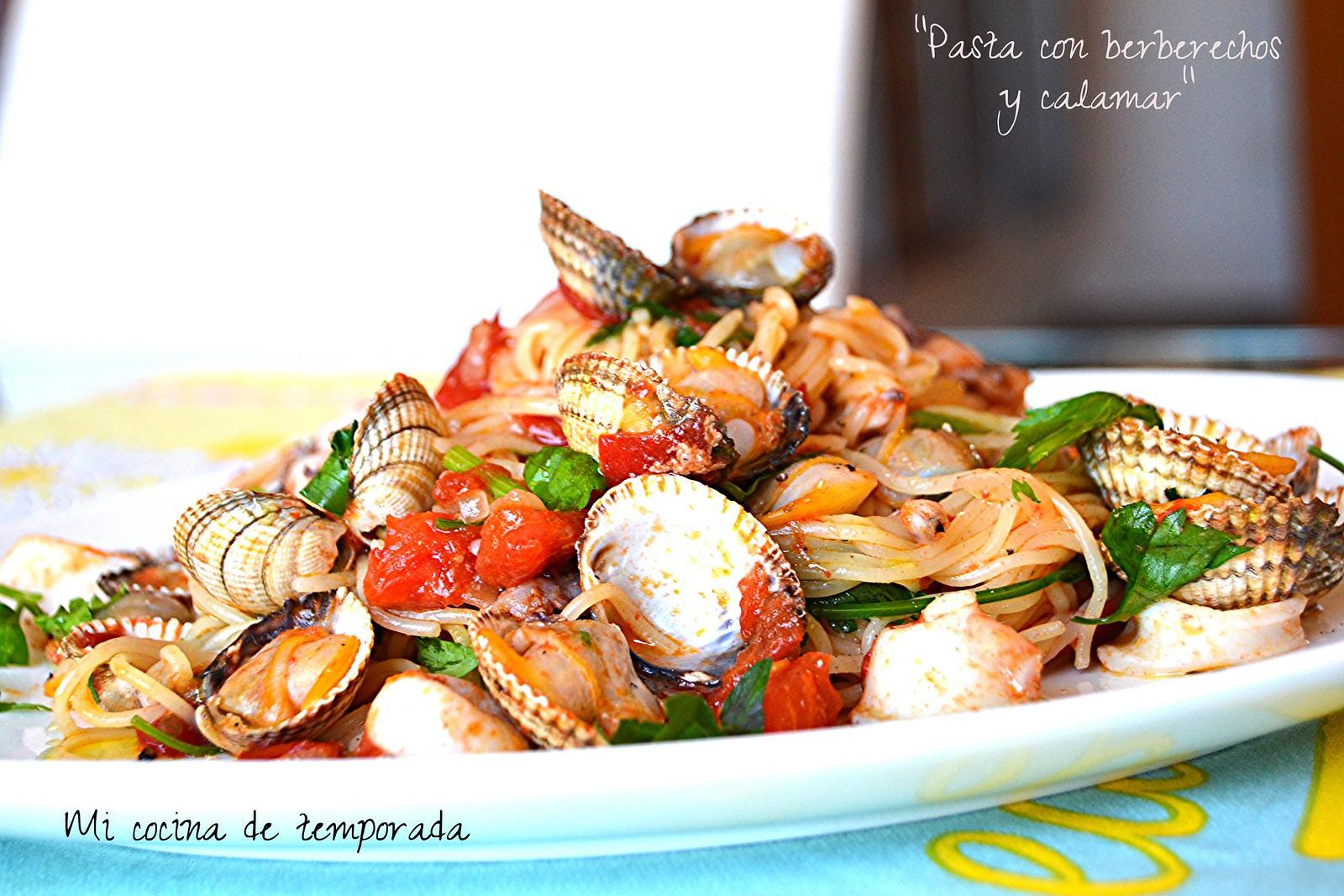 Espaguetis con berberechos y calamar 012