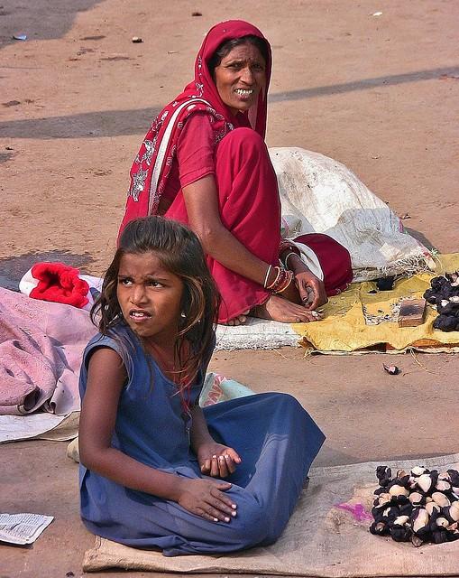 INDIEN , unterwegs nach Varanasi, auf den Straßen, 14265/7131